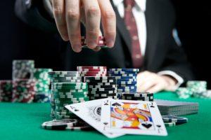 オンラインカジノで稼ぐ?